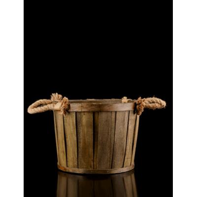 Round wooden basket - light brown