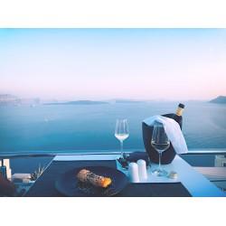 Οδηγός απόλαυσης κρασιού: Κρασί το καλοκαίρι, του Γιάννη Καρακάση MW